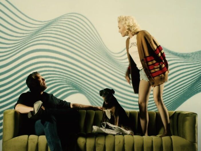 A screenshot from Blake Shelton and Gwen Stefani's music video for their song Nobody But You