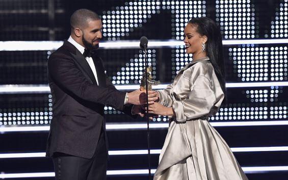 Drake Reaction Rihanna Pregnant