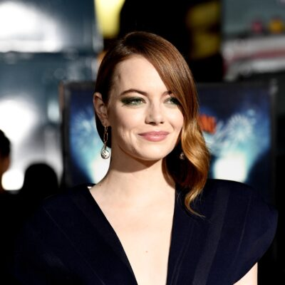 """Emma Stone attends the Premiere Of Sony Pictures' """"Zombieland Double Tap"""" at Regency Village Theatre"""