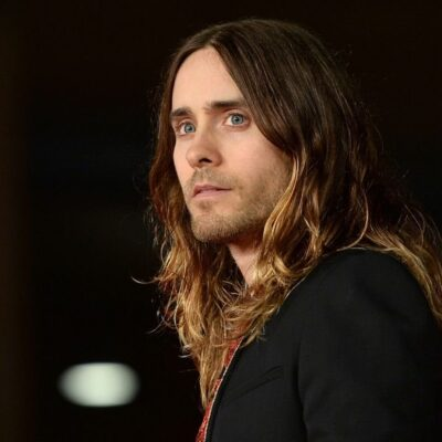 Jared Leto in all black on the red carpet