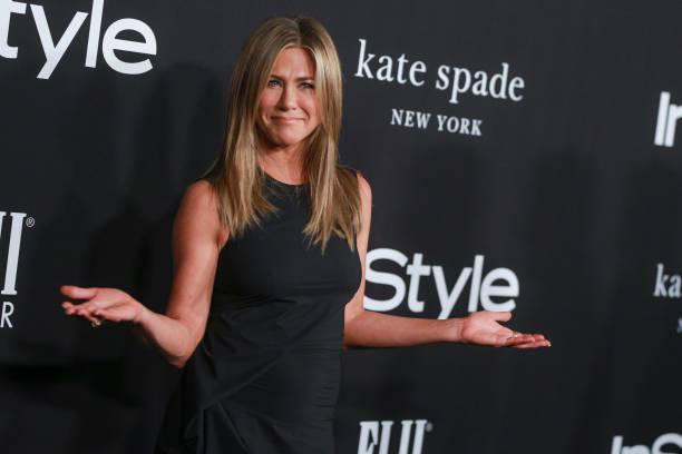 Jennifer Aniston Booze Bashes