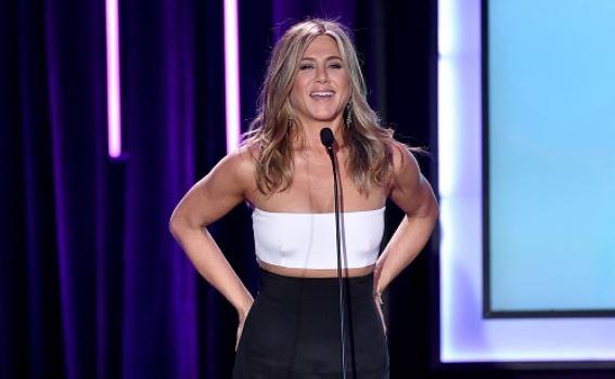 Jennifer Aniston Pregnany Baby Bump