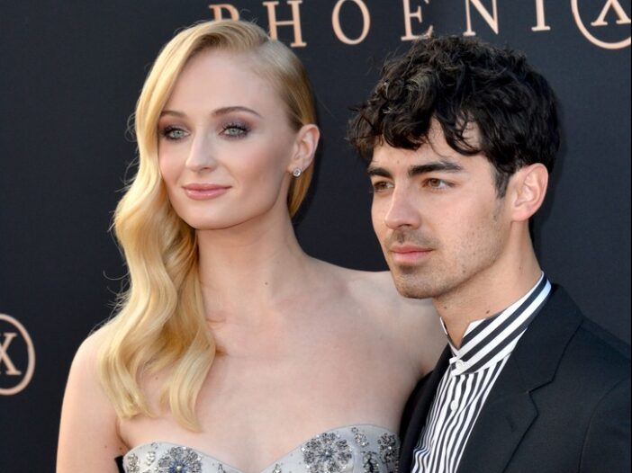 Joe Jonas on the left, Sophie Turner on the right.