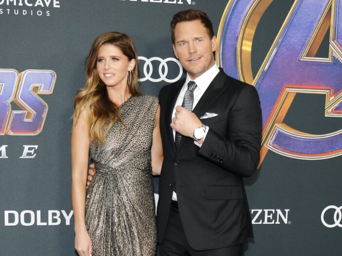 Katherine Schwarzenegger on the left in a silver dress, Chris Pratt on the right in a tux at a Marvel premeire.