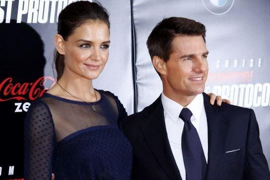 Katie Holmes Tom Cruise Connect Suri
