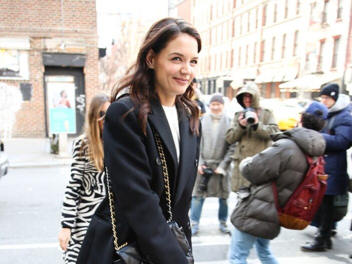 Katie Holmes walking the streets of New York City in 2020.