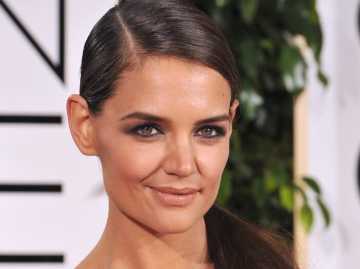Katie Holmes wear her hair in a sleek ponytail at the Golden Globes Award