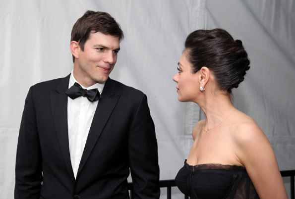 Mila Kunis Ashton Kutcher Fighting Third Child