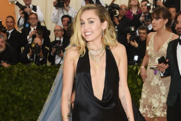 Miley Cyrus Married Baby Pregnant Bride