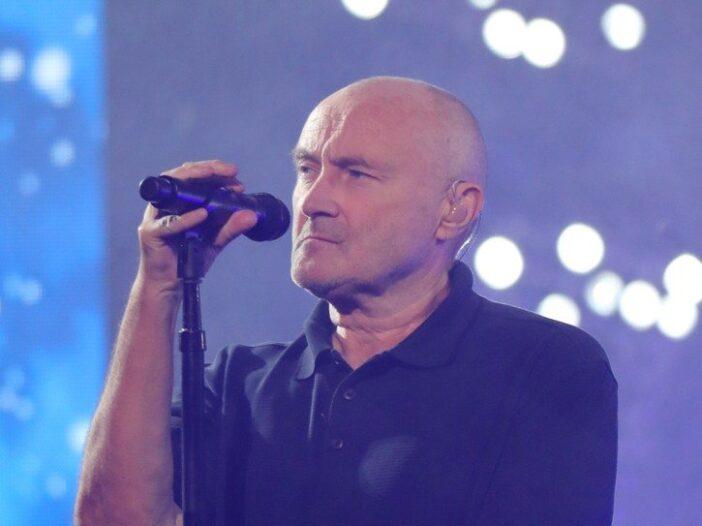 Phil Collins singing at USTA Billie Jean King National Tennis Center