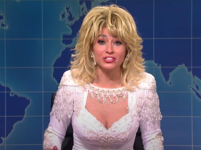 Screenshot of Melissa Villasenor dressed as Dolly Parton on Saturday Night Live Weekend Update
