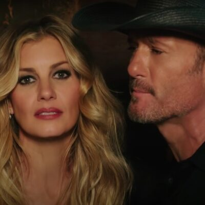 Still of Tim McGraw and Faith Hill singing together from the Speak to a Girl video