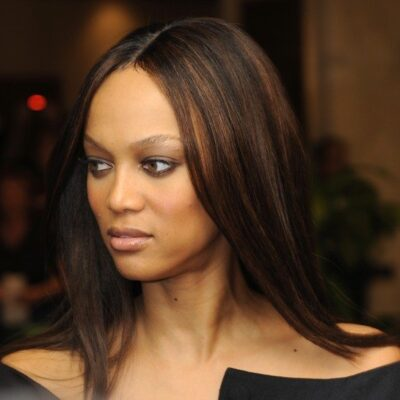 Tyra Banks wearing a black dress at the White House Correspondents Dinner