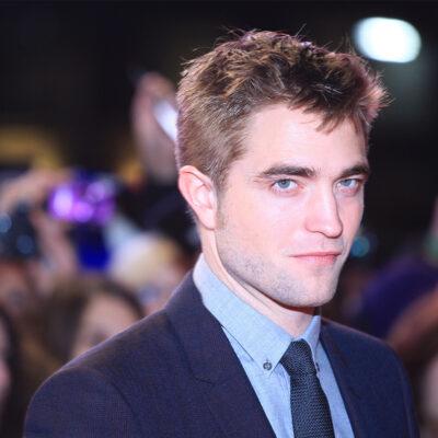 Close up of Robert Pattinson at a red carpet event