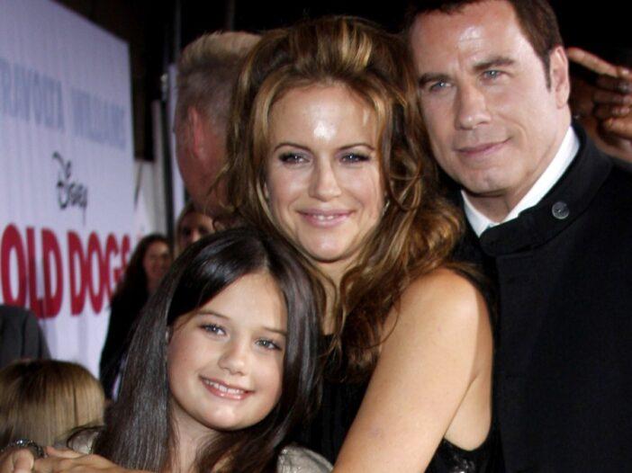 John Travolta poses with late wife Kelly Preston and their daughter, Ella Bleu