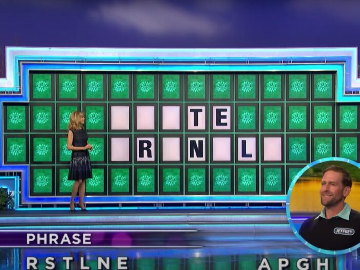 A screenshot from an episode of Wheel Of Fortune