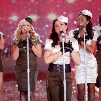 the Spice Girls performing at the 2007 Victoria's Secret show