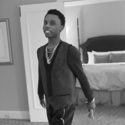 Speaker Knockerz in the music video for his song 'Lonely.'