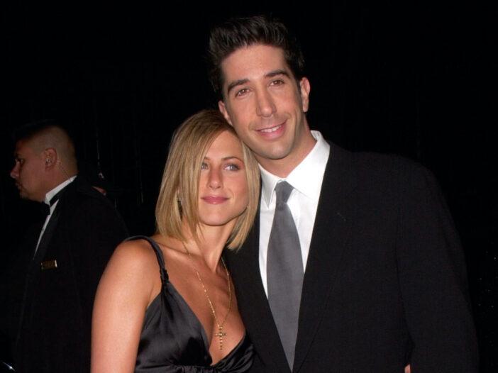 Jennifer Aniston hugs David Schwimmer on the red carpet
