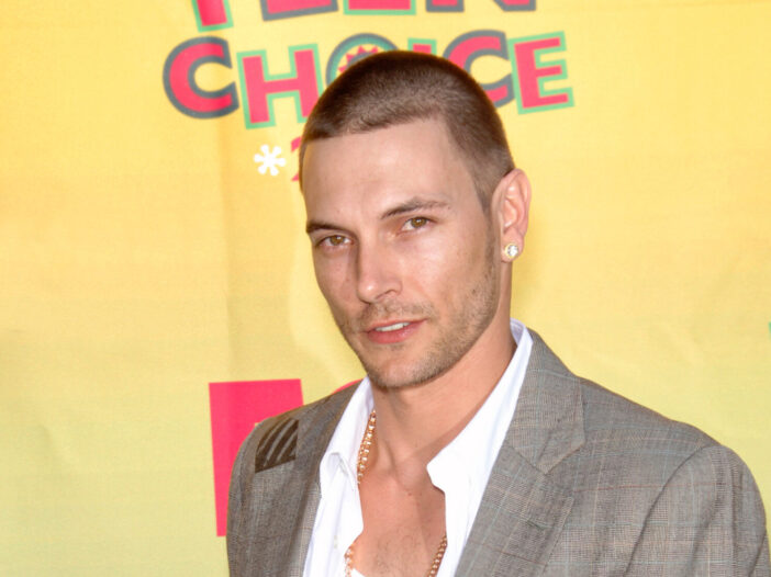 Kevin Federline with a buzz cut in 2006