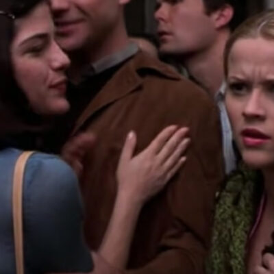 Screenshot from Legally Blonde with Selma Blair on the left, Reese Witherspoon on the right.