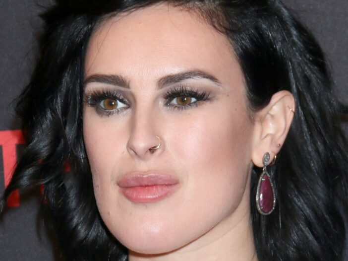 Rumer Willis wears a silvery white dress on the red carpet