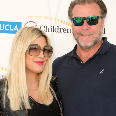 Tori Spelling on the left, Dean McDermont on the right