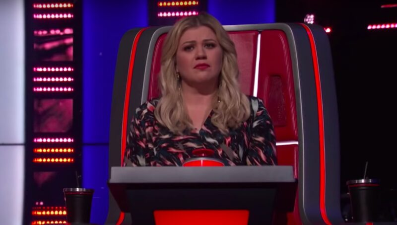 screenshot of Kelly Clarkson in her chair on The Voice