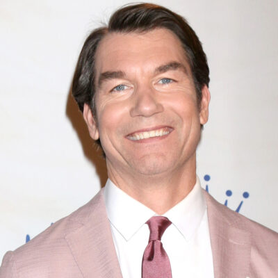 Jerry O'Connell in a pink suit