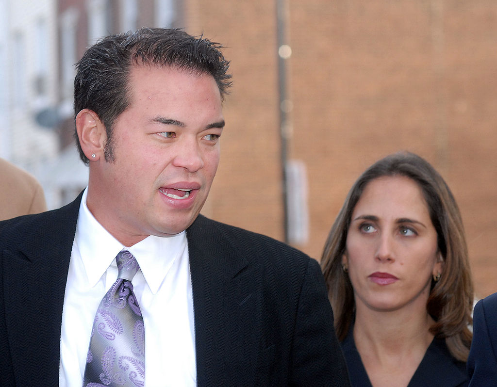 Jon Gosselin speaking to the media in 2009 after a court hearing regarding his divorce from Kate.