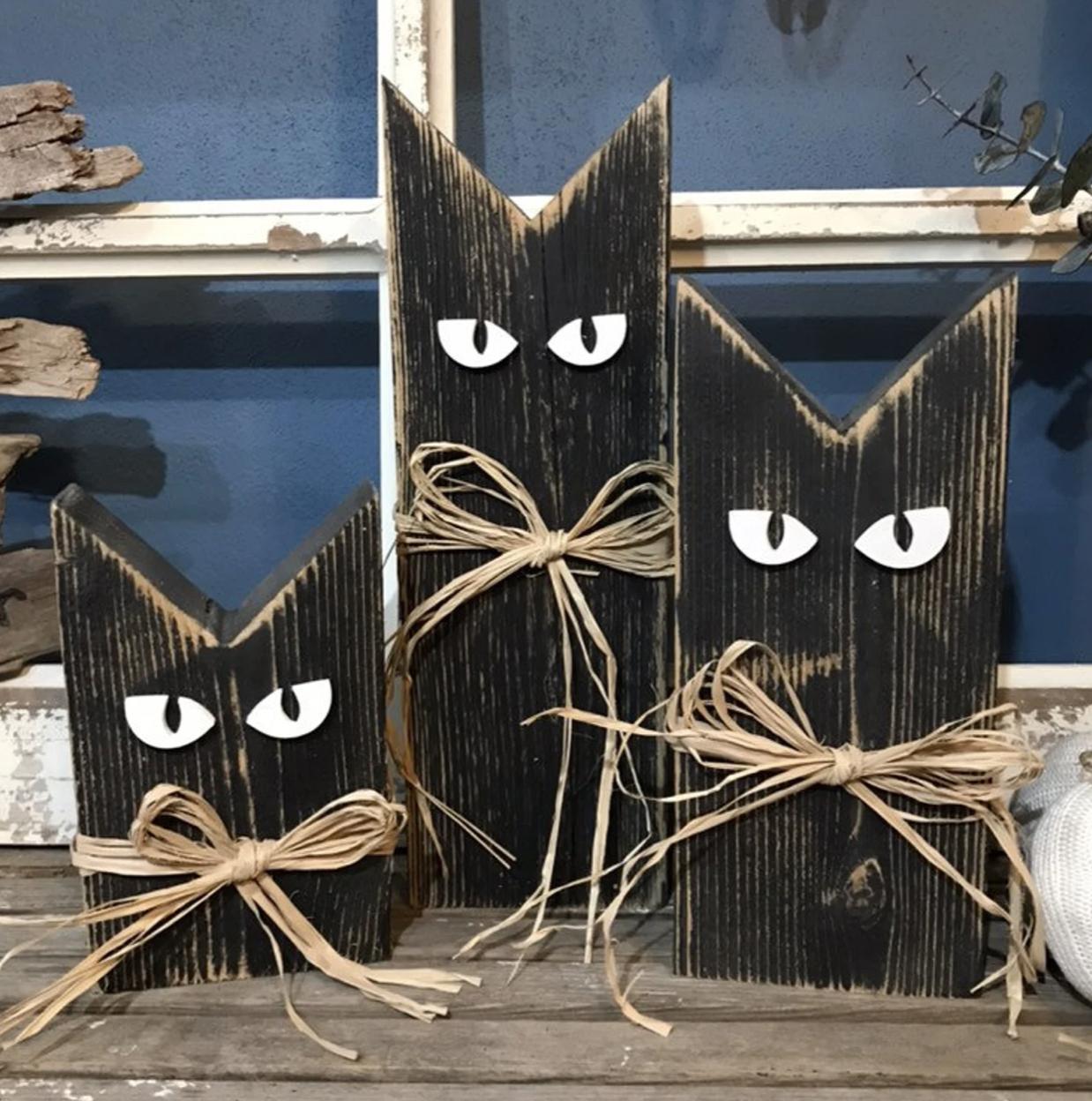 Wood Halloween Cats