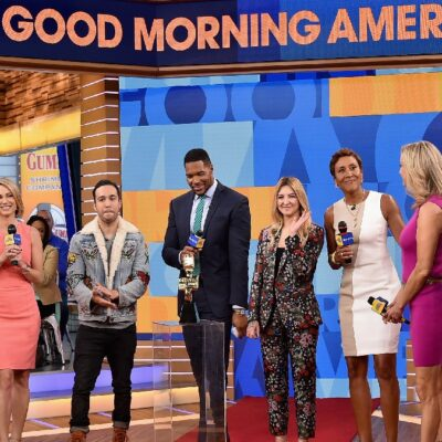 The anchors of Good Morning America gather together on stage