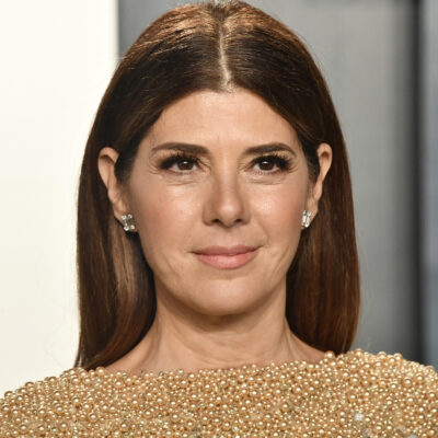 BEVERLY HILLS, CALIFORNIA - FEBRUARY 09: Marisa Tomei attends the 2020 Vanity Fair Oscar Party hosted by Radhika Jones at Wallis Annenberg Center for the Performing Arts on February 09, 2020 in Beverly Hills, California.